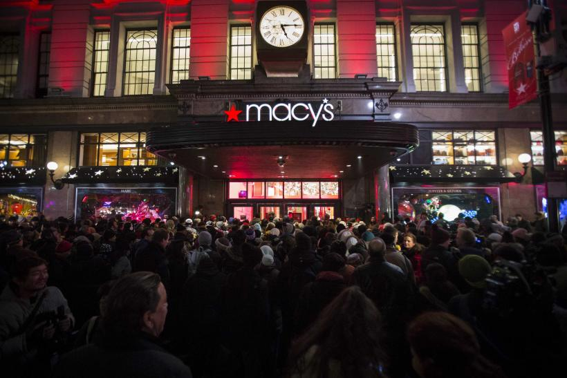 Macy's NYC Store Breaks Thanksgiving Shopping Record