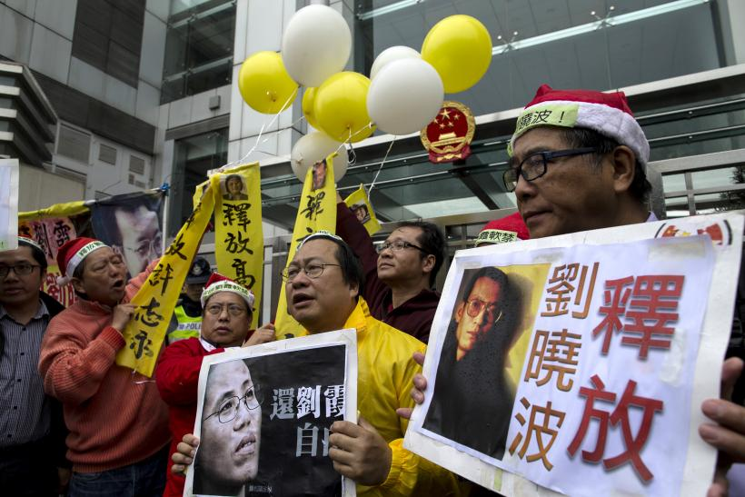 Hong Kong Police Arrest 12 Pro-Democracy Protesters