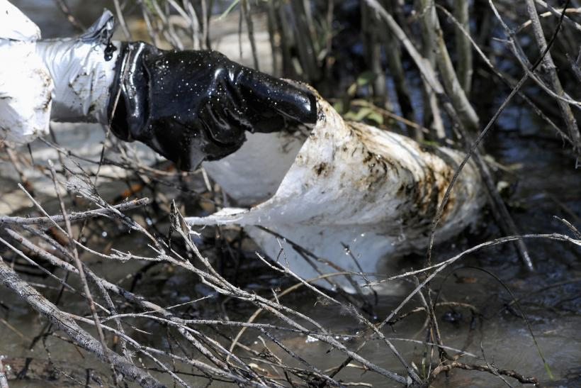 Ice Melt Slows Down Montana Oil Spill Cleanup