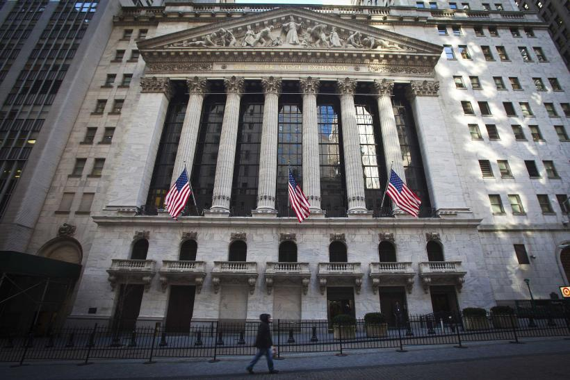 Dow Wavers Ahead Of Federal Reserve Meeting