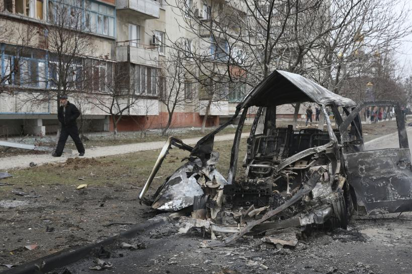 Ukraine's President Claims Intercepted Calls Prove Pro-Russian Rebels Attacked Mariupol, Killed 30