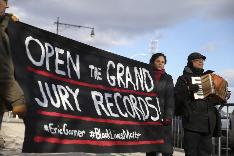 Judge Postpones Hearing On Release Of Eric Garner Grand Jury Records