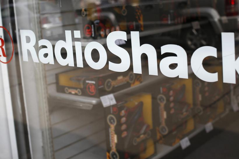 GameStop Nabs 163 RadioShack Leases For Spring Mobile Push