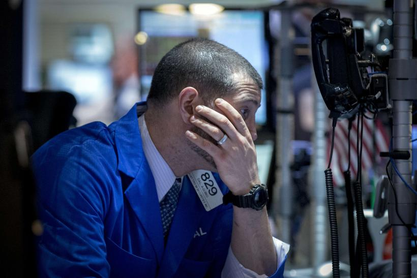 Dow Jones Industrial Average Drops After US Economic Growth Cools In Q4