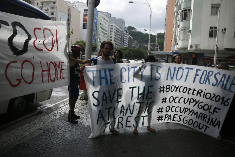 Rio Olympics 2016: Activists Protest Olympics Meeting Over Golf Course Concerns