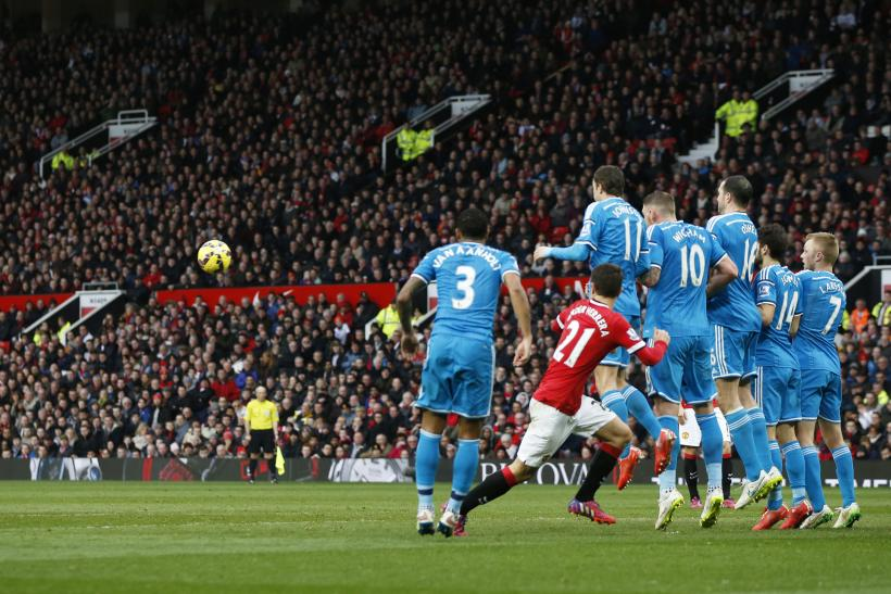 VIDEO Manchester United 2-0 Sunderland: Highlights, Goals; Rooney Sparks United With Two Goals