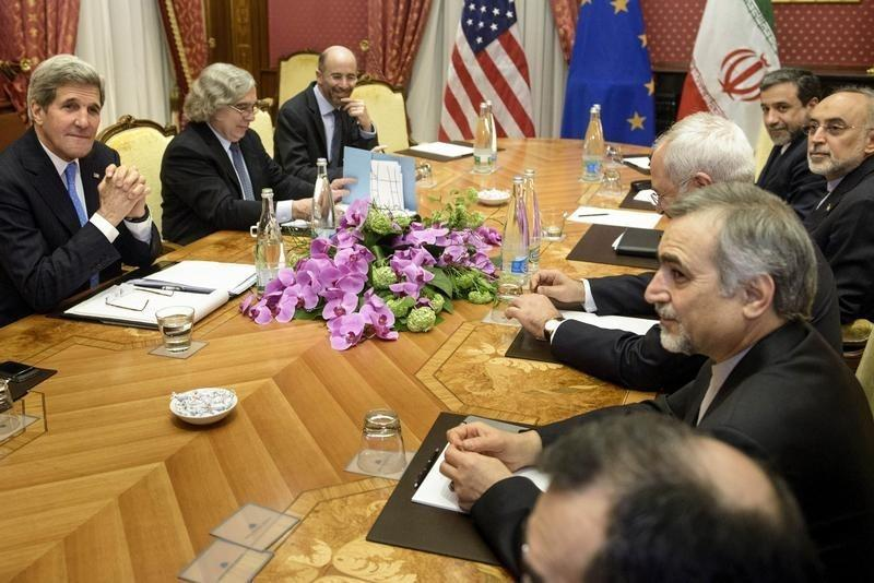 John Kerry Cancels Trip Home As Iran Nuclear Talks Intensify