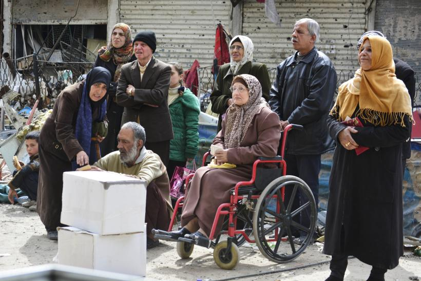 ISIS Attacks Besiege Damascus Refugee Camp