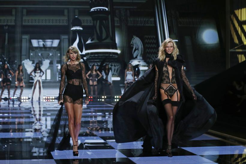 Taylor Swift, Karlie Kloss Victoria's Secret