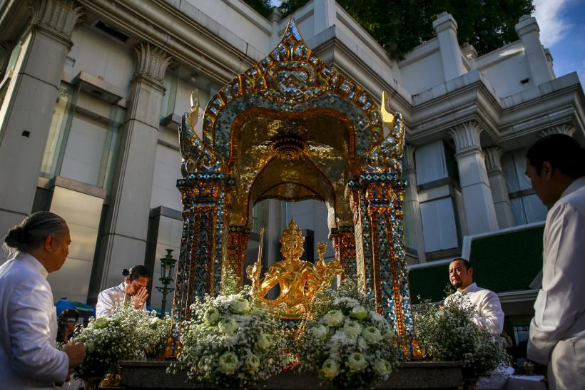 Erawan Shrine statue